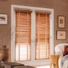 rèm sáo gỗ cửa sổ