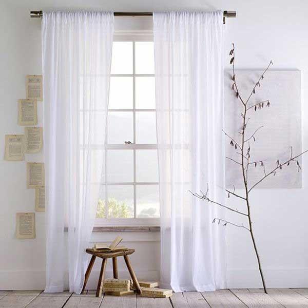Mẫu rèm vải voan trắng mang đến cho bạn không gian độc đáo, ấn tượng