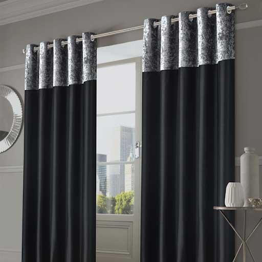 Rèm cửa màu đen trang trí nhẹ nhàng