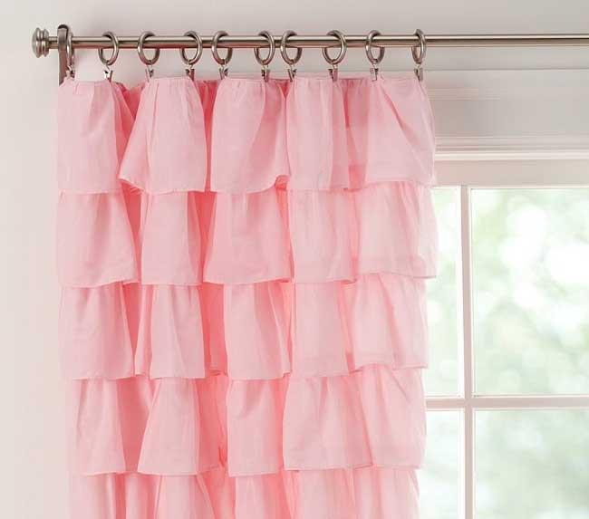 rèm vải xếp màu hồng