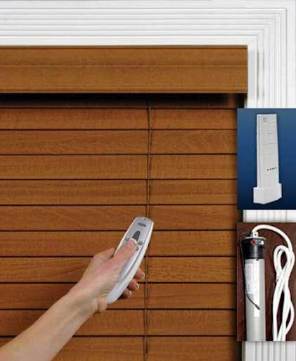 Sử dụng mành gỗ tự động đảm bảo an toàn cho trẻ nhỏ.