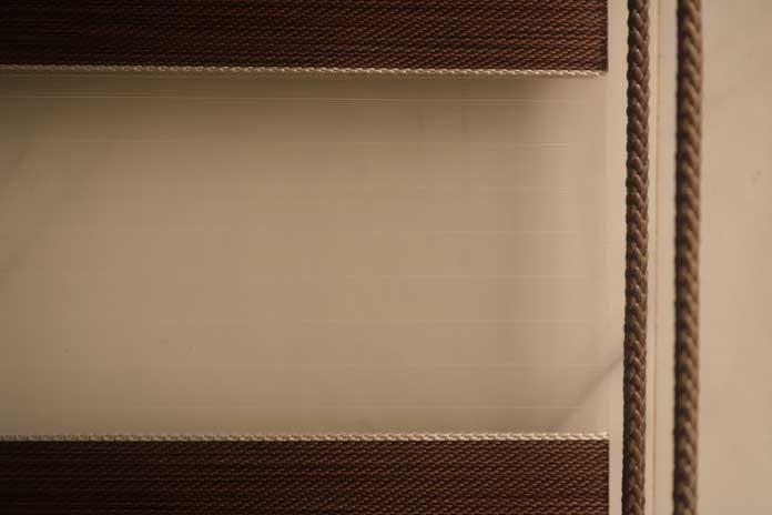 lớp vải lưới rèm cầu vồng