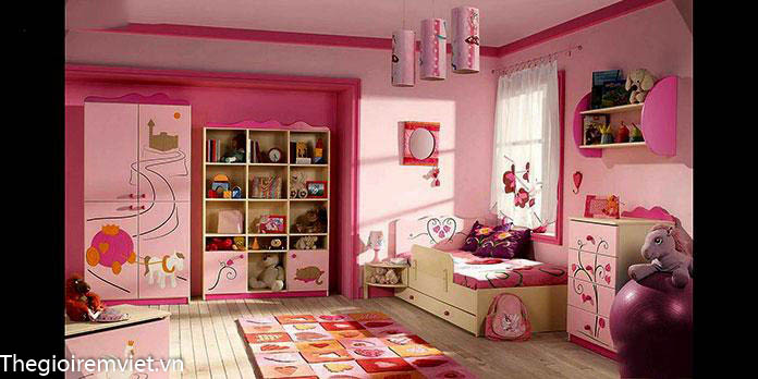 Không gian phòng ngủ bé gái có ánh sáng tự nhiên