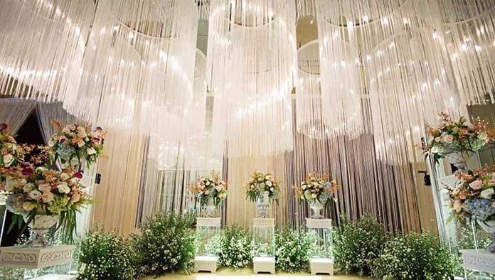 Mành sợi chỉ kim tuyến trang trí tiệc cưới