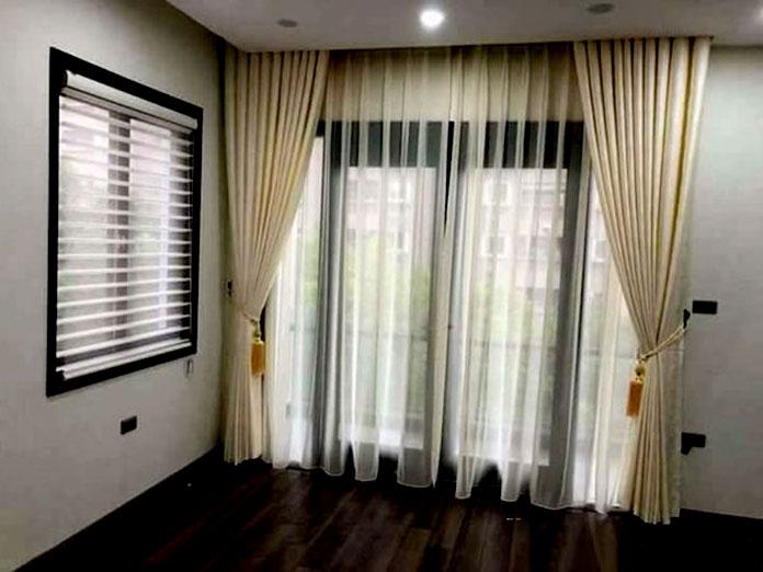 Rèm cửa chính mang phong cách hiện đại