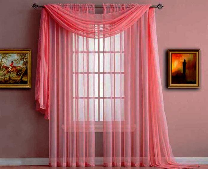 rèm vải voan màu hồng cho cửa sổ