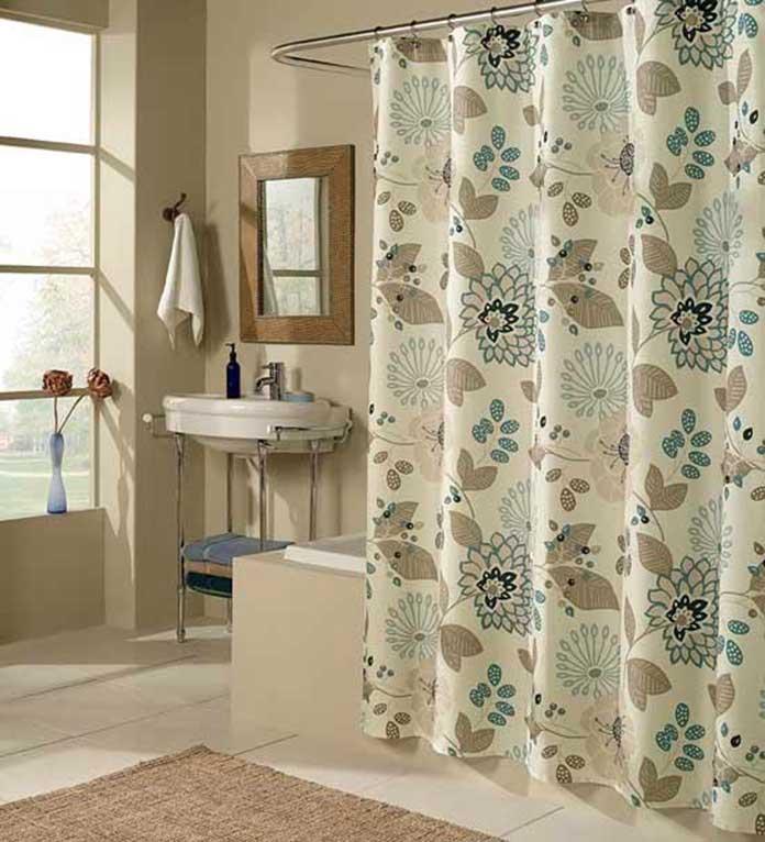 Rèm hoạ tiết làm tăng tính thẩm mỹ phòng tắm