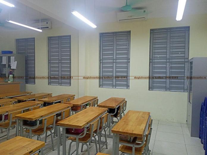 Rèm cửa cuốn phòng học
