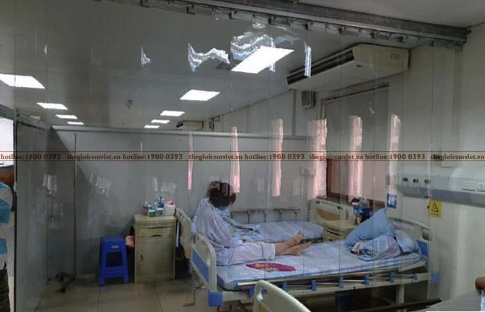 Rèm nhựa cho không gian bệnh viện