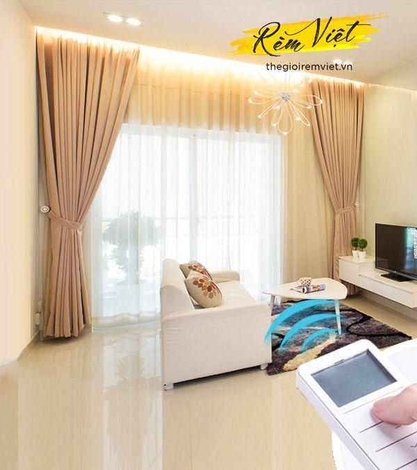 Rèm vải hai lớp sử dụng động cơ tự động thông minh cho phòng khách