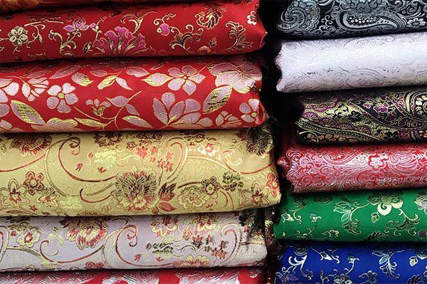 Giá vải gấm may rèm là bao nhiêu