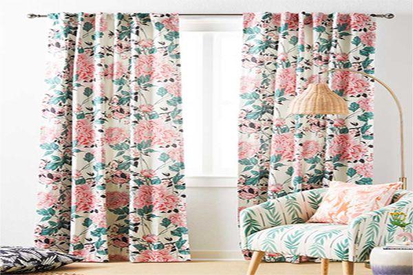 Mẫu rèm cửa vải hoa lá gam màu nhiệt đới mềm mại
