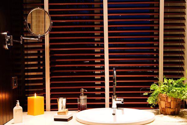 Mẫu rèm sáo gỗ cho phòng tắm cao cấp